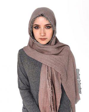 Mauve Crinkled Hijab